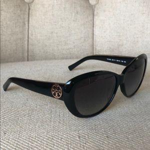 Authentic Tory Burch petite cat eye sunglasses
